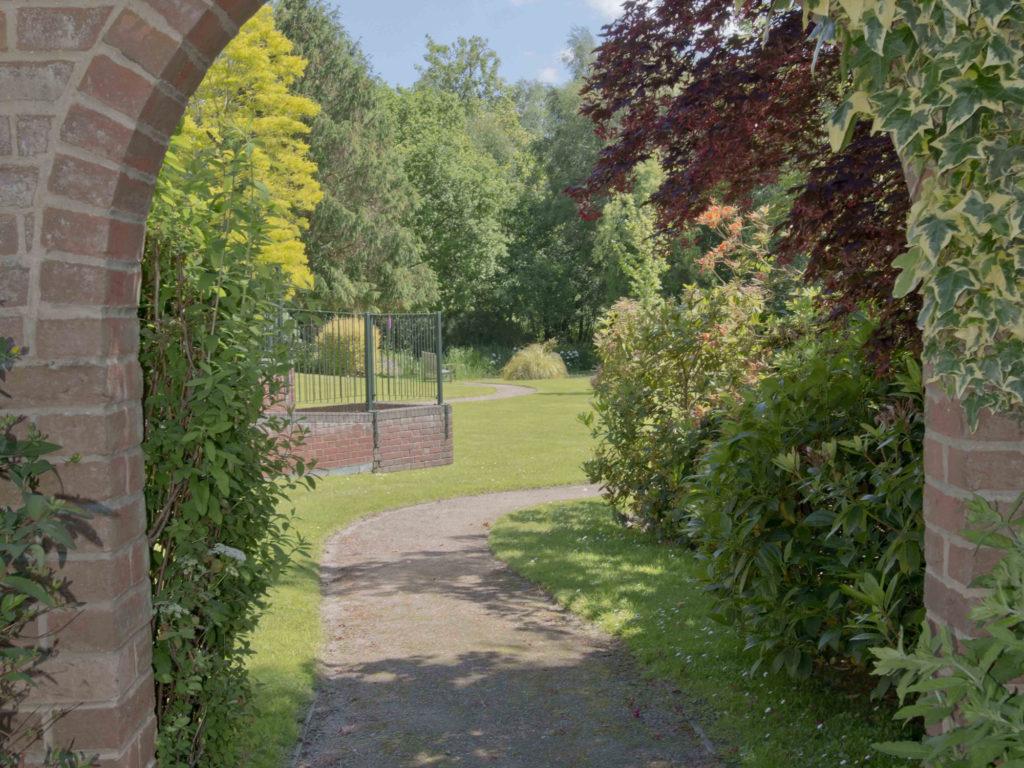 Broadacres Arch